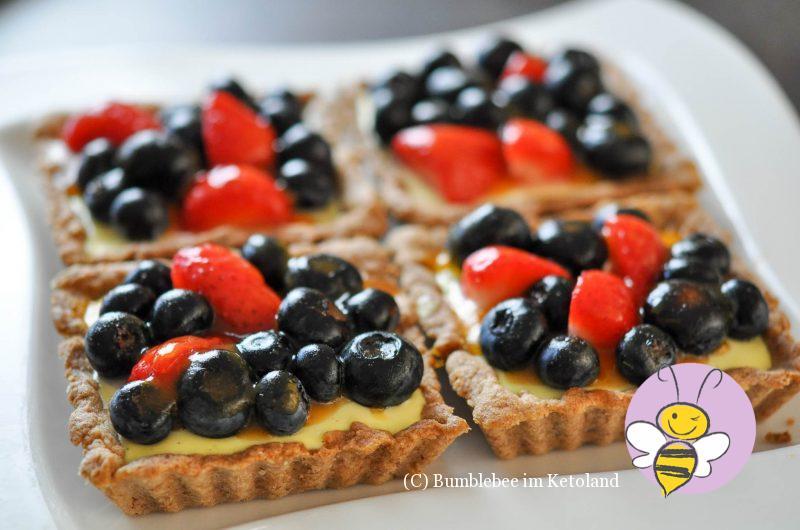 Himmlische Keto Tartelettes mit Vanillecreme