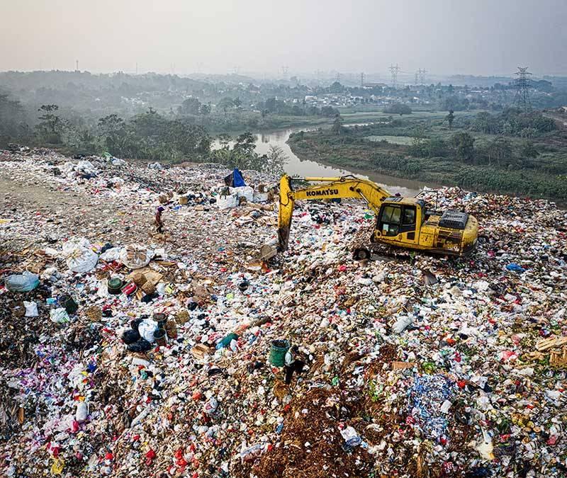 Burbank junk removal company avoids landfill
