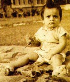 shahrukh khan childhood photos,videos