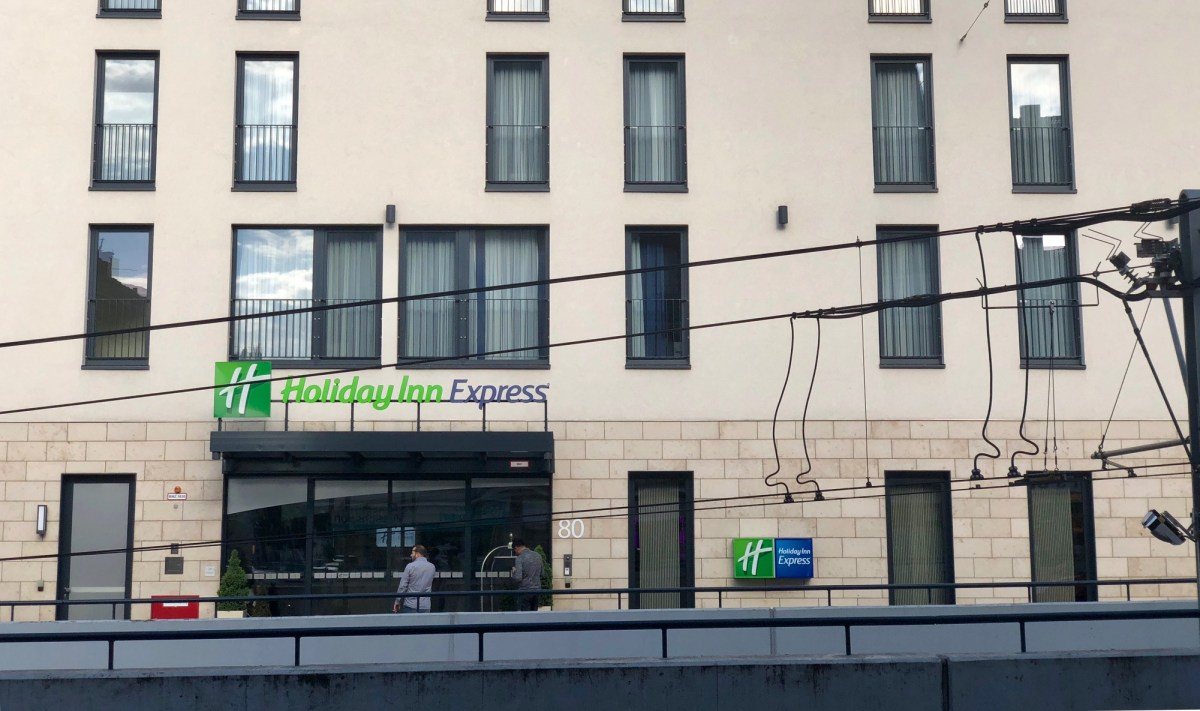 holiday inn express düsseldorf city ihg intercontinental hotel group gold elite status hix hiex wehrhahn dusseldorf ddorf le quartier central king queen Foremost Hospitality dusdn