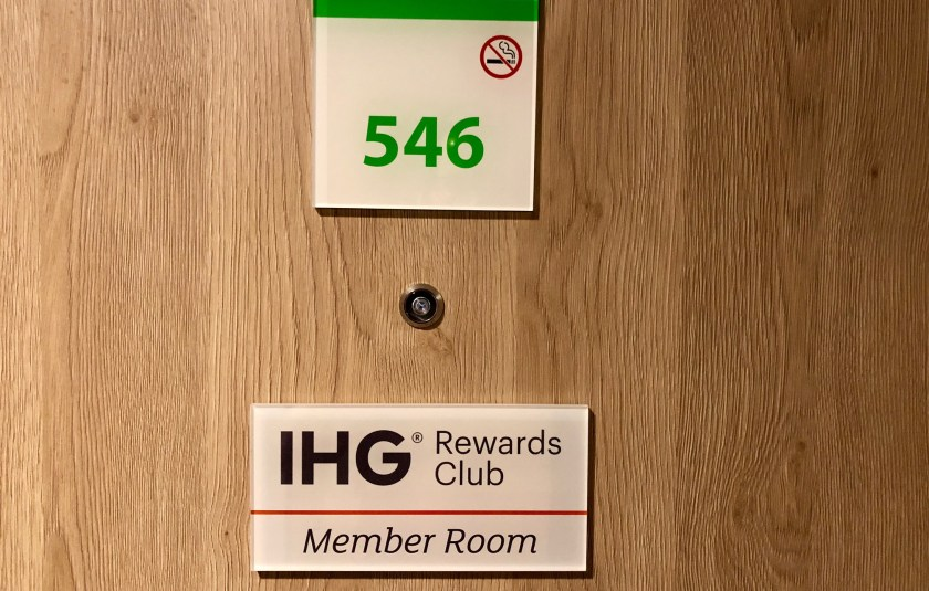 holiday inn düsseldorf city toulouser allee ihg intercontinental hotel group gold elite status hi wehrhahn dusseldorf ddorf le quartier central king standard queen dusta member room 546