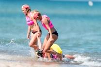 Die Rettungsschwimmerinnen aus Belgien in der Gurtretterstaffel.