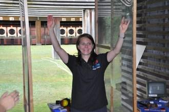 Einmal mehr eine strahlende Siegerin: Hauptfeldwebel Monika Karsch nach ihrem Weltklassefinale mit der Sportpistole.