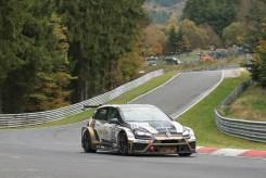 Dank des kurzfristigen Wechsels auf den TCR-Golf von Mathilda Racing konnte Michael Schrey den Titel verteidigen.