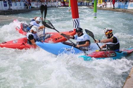 Der Weltmeister kommt aus Deutschland – Canoe Slalom Extreme (CSLX), oder auch Boatercross genannt, ist eine sehr junge Sportart. 2024 gehört sie zum olympischen Programm.