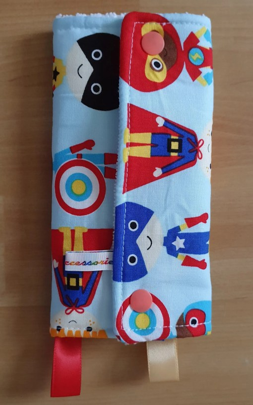 Suck pads with a superhero print (rear)