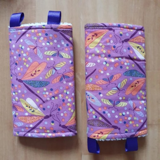 Suck pads with a lilac dragonfly print