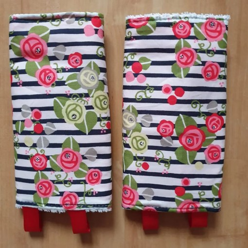 Suck pads with roses and stripes