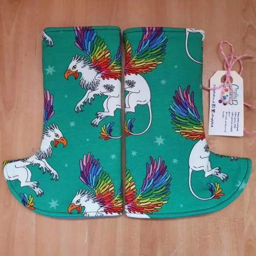 Rainbow winged griffin curved suck pads