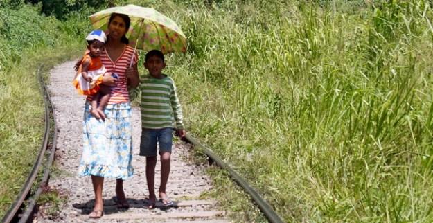Auf den Gleisen gehen ist verboten ...
