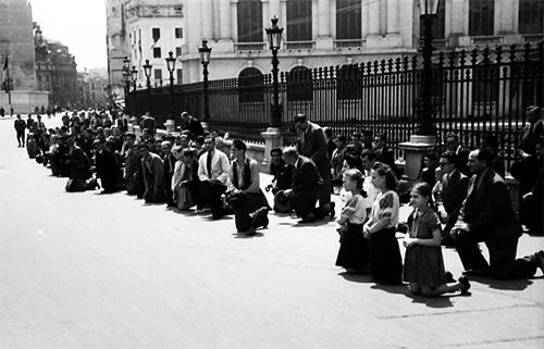 1941 Românii se rugau pentru Basarabia și Bucovina, 22 Iunie