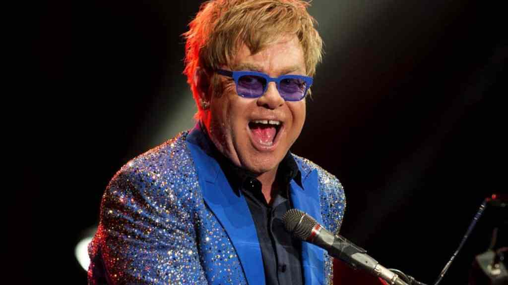 25 - Elton-John-1947