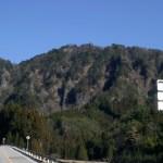 北設楽郡設楽町 標高799m 急峻な山容は、登山者を魅了する。所要時間:約2時間