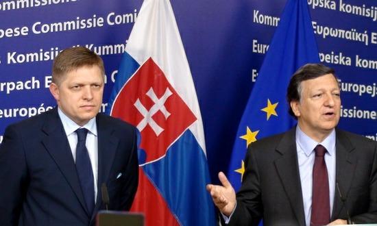 Robert Fico con Jose Barroso alla UE