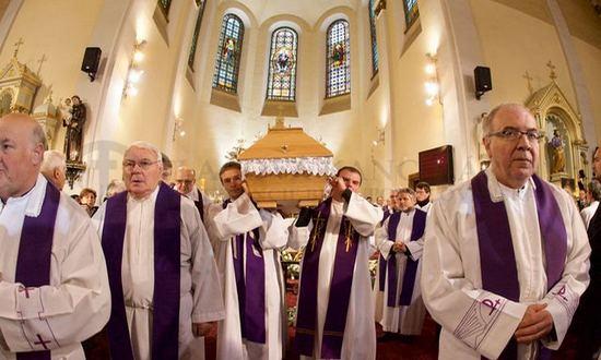 Srholec-funerale_(Peter-Zimen_tkkbs.sk)