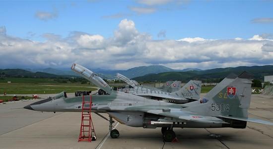 Dagli Usa offerta alla Slovacchia per svecchiare le basi aeree di Sliac e Kuchyna