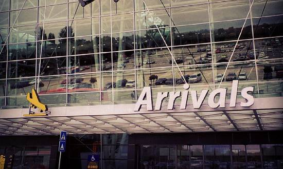 aeropo-Bratis_(3www-cc)