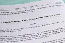 carta-diritti-fond-UE_(wikipedia)