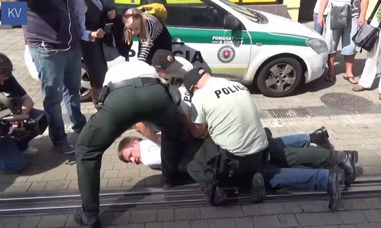 hlina_youtube polizia