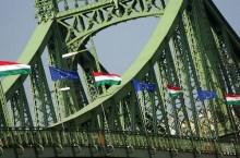 il ponte Szabadsag a Budapest (foro_zsoolt@flickr)