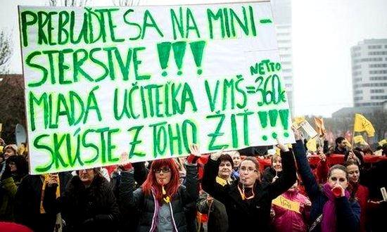sciopero scuola (foto-ozpsav.sk)