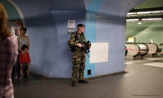 terroris-parigi_(sklkphoto-19409446458-cc-by-nc-nd)