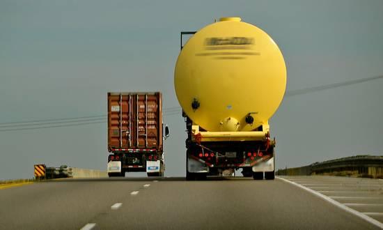 traspor_(faungg's photos_cc-by-nd) camion