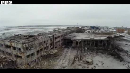 ucraina-donetsk-aeroporto_(da video BBC)