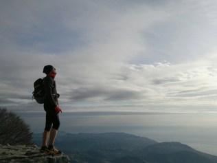 Cammino sul Monte Carmo di Loano sui Monti su Riviera di Ponente ligure
