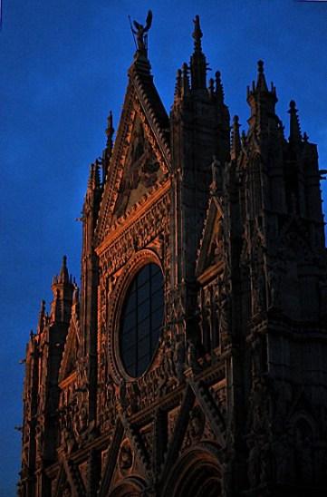 Siena il Duomo serale