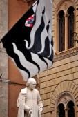 contrada lupa a Siena
