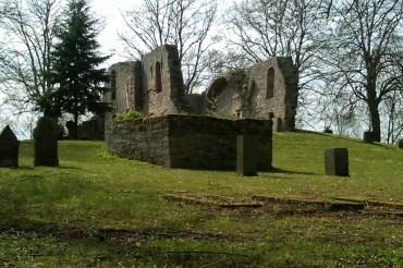 Kirchenruine Alt-Rhoden