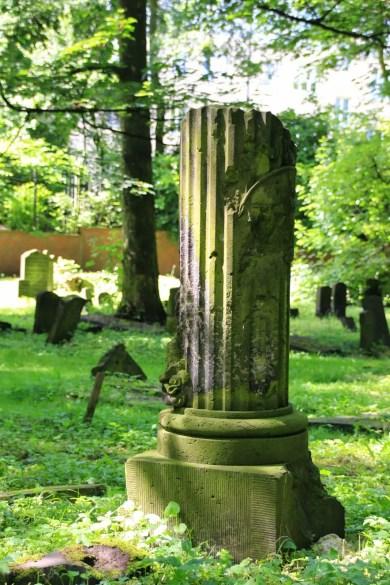 Jüdischer-Friedhof38