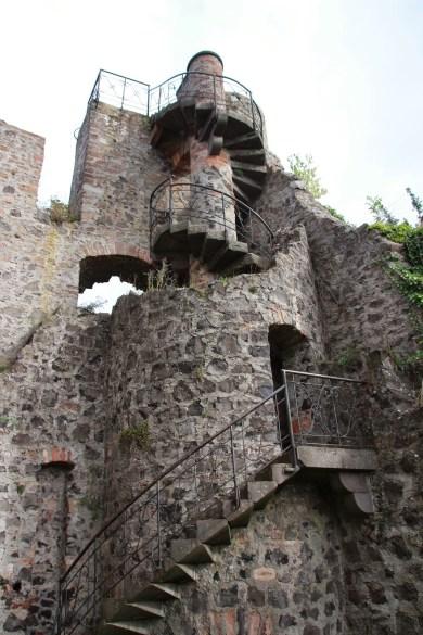 Burg_Staufenberg6