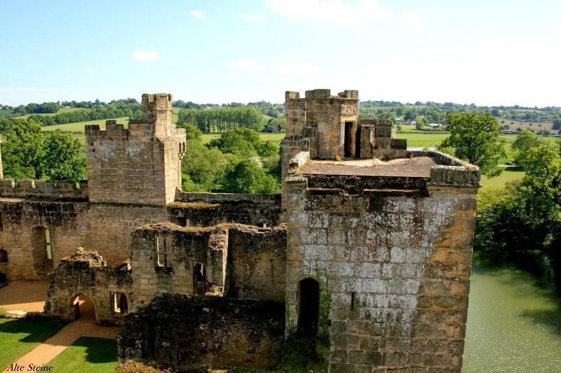 Bodiam_Castle8
