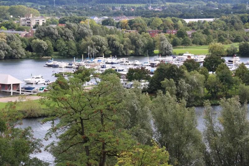 Maastricht Yachthafen Maas Schiff