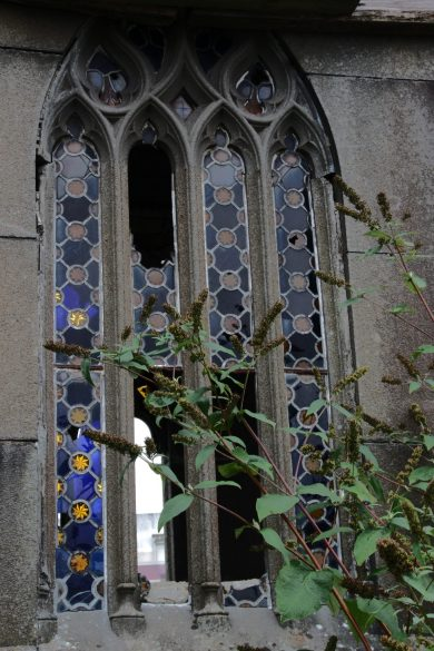 brest-friedhof-verfallenes-mausoleum-6