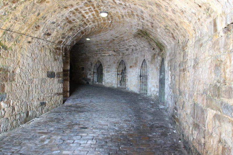 Unterirdische Gänge unter der Burg Hohenzollern