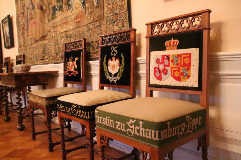 Bestickte Renaissancestühle, Verlobungsstuhl, Schloss Bückeburg