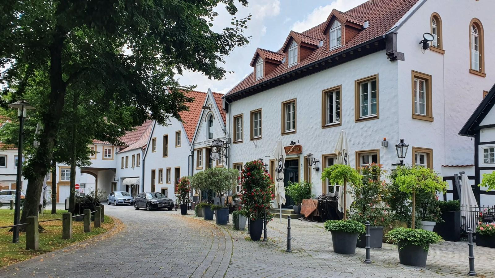 Sehenswürdigkeiten in Herzebrock-Clarholz, Klöster in Ostwestfalen, Sehenswert in Münsterland, Klöster in Ostwestfalen