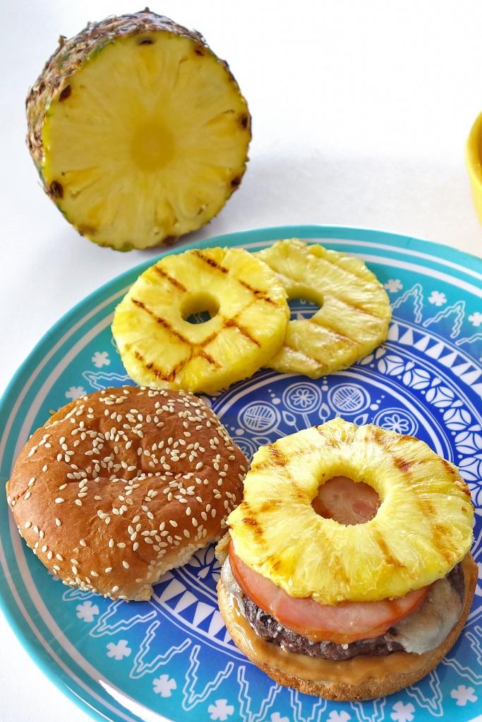 Hawaiian Burger   burgerartist.com
