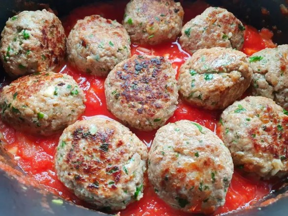gehaktballen in tomatensaus uit de slowcooker