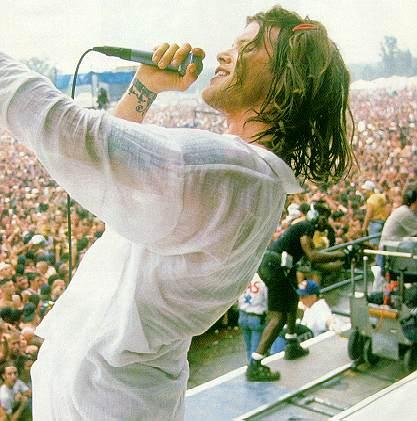 Shannon Hoon at Woodstock '94