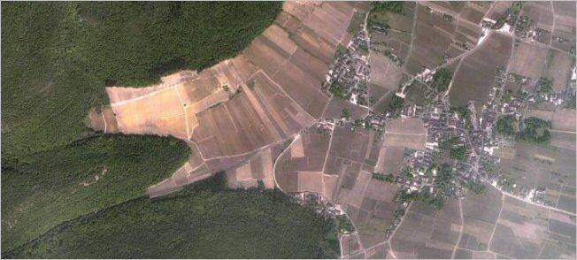 gevrey-chambertin satellite view