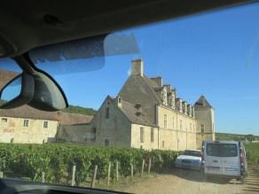 Chateau de Clos de Vougeot5 from minibus (1)