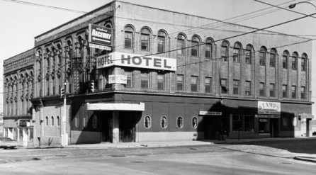 The British North American Hotel in 1969, 14 years after the events of the novel have unfolded