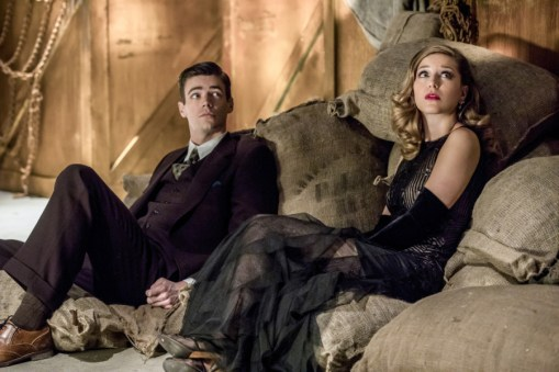 """The Flash -- """"Duet"""" -- FLA317c_0045b.jpg -- Pictured (L-R): Grant Gustin as Barry Allen and Melissa Benoist as Kara -- Photo: Jack Rowand/The CW -- © 2017 The CW Network, LLC. All rights reserved."""