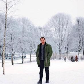 Confira o primeiro trailer e cartaz da adaptação de 'Boneco de Neve' 20