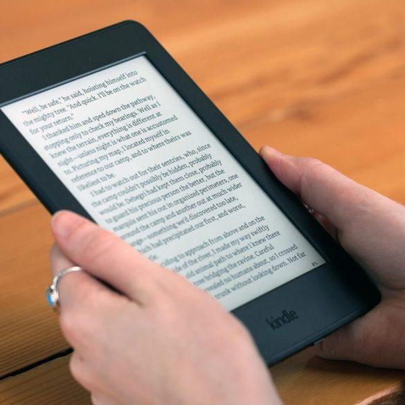 Amazon assina com editoras e vai vender livros em formato fisico 21