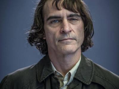"""Divulgadas primeiras imagens oficiais de Joaquin Phoenix como """"Coringa"""" 21"""